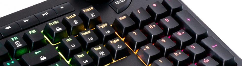 gaming-klavye-oyuncu-klavyesi-ürün-çekimi